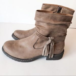 BOC Ankle Boots With Tassel Light Brown Size 9 1/2